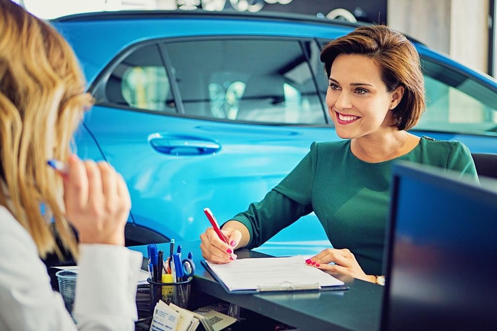 comprar vehículo por leasing