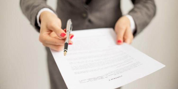 ¿Qué es la carta de subrogación y para qué sirve?